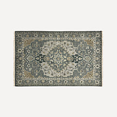 Traditional Rugs Collection
