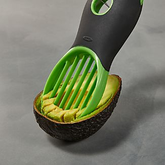 OXO ® 3 In 1 Avocado Tool