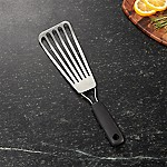 OXO ® Fish Spatula