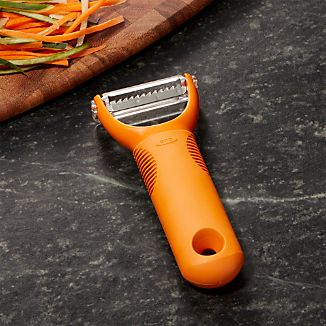 OXO ® Orange Julienne Peeler