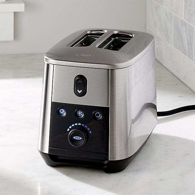 OXO ® On ™ 2-Slice Toaster