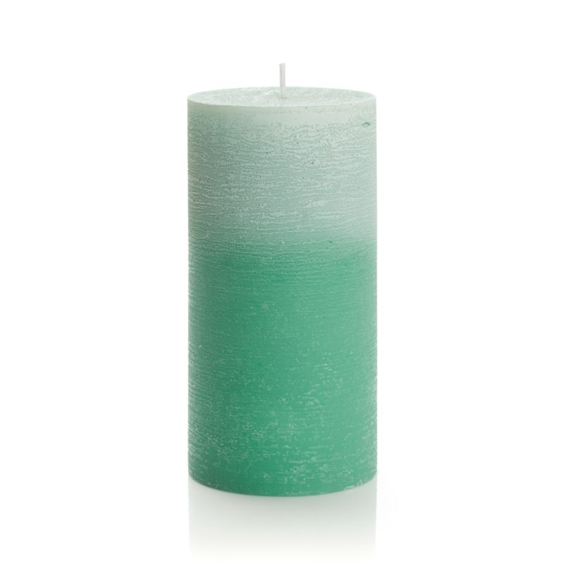 Candlelight enhances the nuanced glow of a single color as it deepens from light to dark. Subtle texture adds a natural note to the fresh, spring-like color.<br /><br /><NEWTAG/><ul><li>Paraffin wax</li><li>Cotton wick</li><li>Burn time: 80 hours</li></ul>
