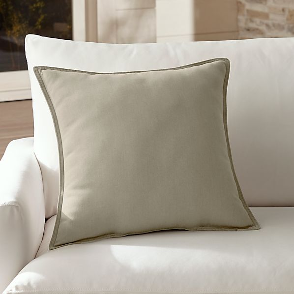 OutdoorPillowStone20InSHS17