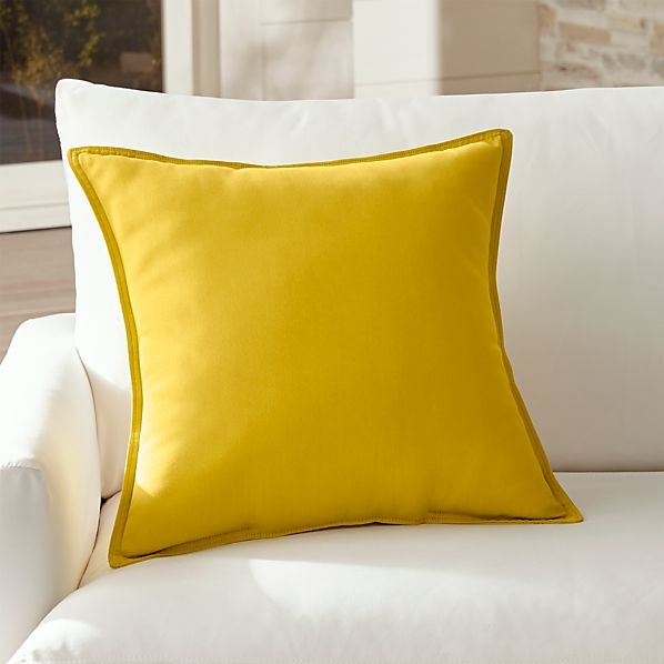 OutdoorPillowSulfur20InSHS17