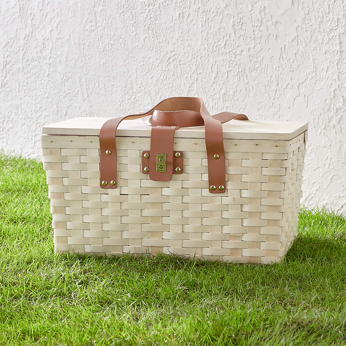 Outfitted Wooden Picnic Basket Reviews Crate And Barrel