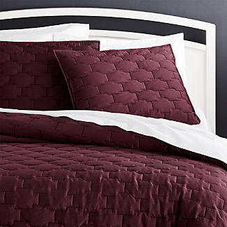 Palazzo Plum Quilts and Pillow Shams