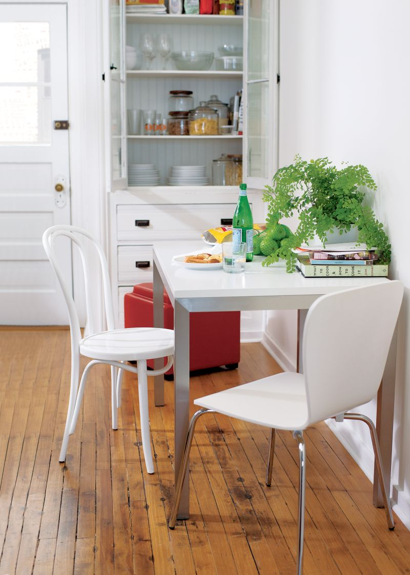 Felix White Dining Chair in Dining Chairs Reviews Crate and Barrel