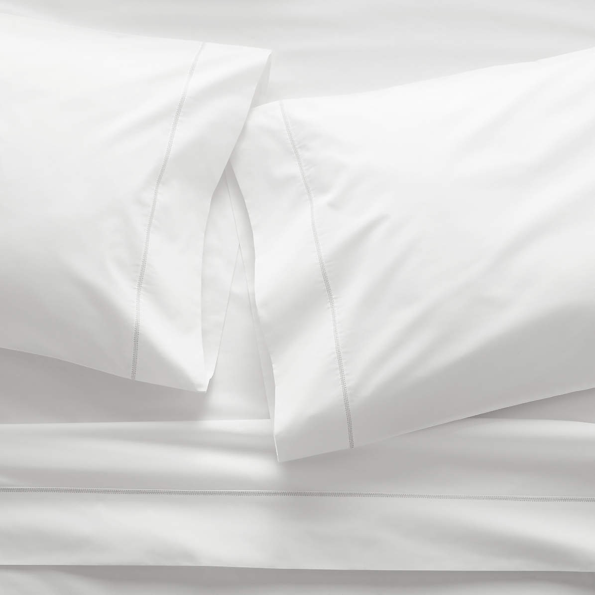 400 Thread Count Percale White Twin Twin Xl Sheet Set Reviews Crate And Barrel