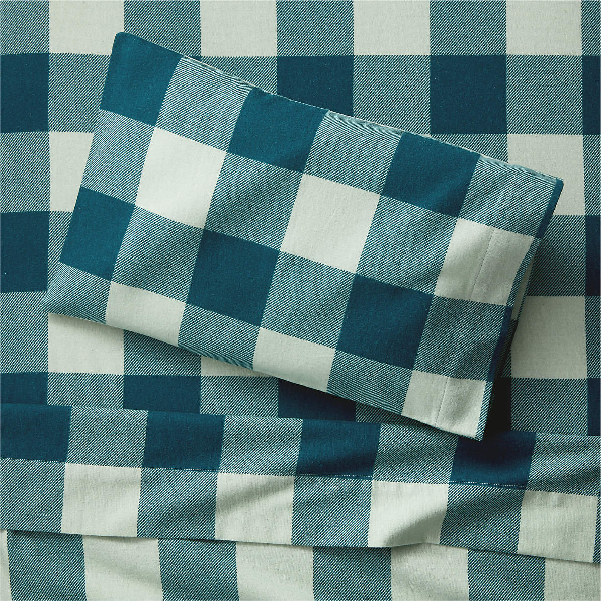 Organic Plaid Flannel Toddler Sheet Set Crate And Barrel