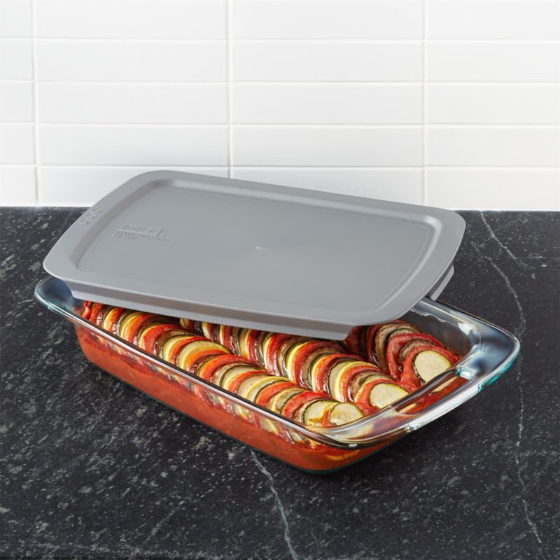 pyrex rectangular baking dish with lid reviews crate and barrel. Black Bedroom Furniture Sets. Home Design Ideas