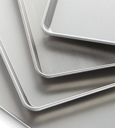Metal non-stick baking sheets