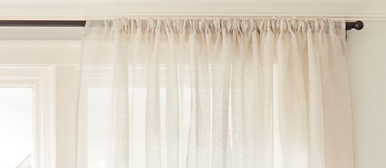 curtains on curtain rod - Hanging Drapery