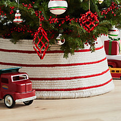 Christmas Crate And Barrel.Indoor Christmas Decor Crate And Barrel