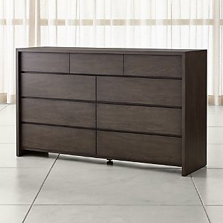 Reed 9-Drawer Dresser
