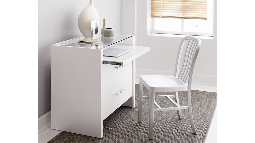 Delta Aluminum Dining Chair