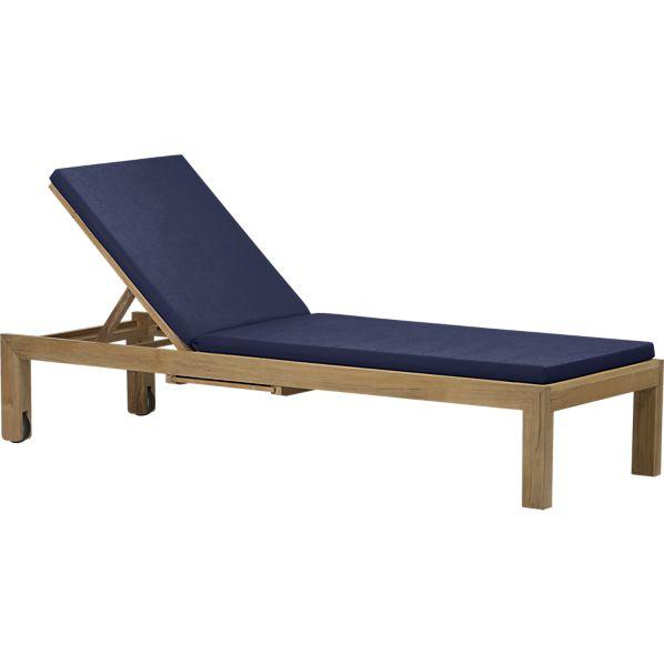 Regatta Chaise Lounge with Sunbrella ® Indigo Cushion