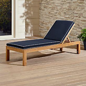 Regatta Natural Chaise Lounge With Sunbrella ® Cushion