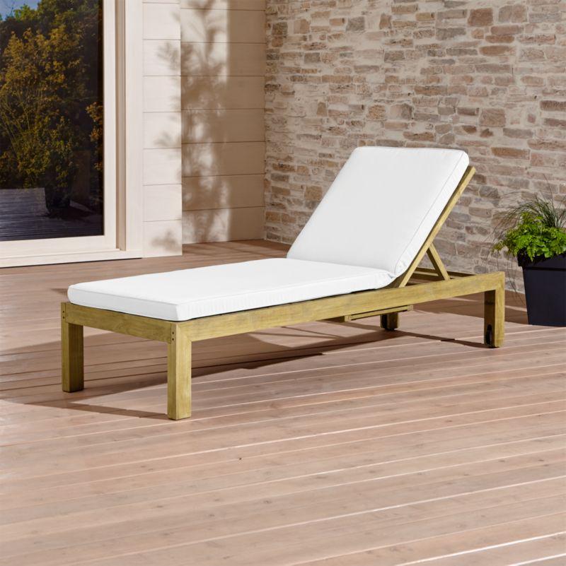 Regatta Natural Chaise Lounge with Sunbrella Cushion Reviews