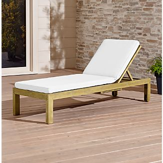 Regatta Natural Chaise Lounge With Sunbrella ® Cushion