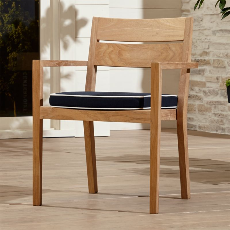 Outdoor Patio Dining FurnitureCrate and Barrel
