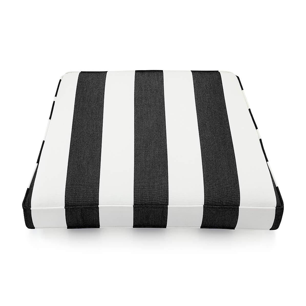 Picture of: Regatta Cabana Stripe Black Sunbrella Lounge Chair Cushions Crate And Barrel