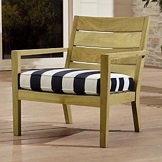 Regatta Natural Lounge Chair with Cabana Stripe Navy Sunbrella ® Cushion