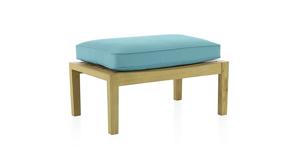 Regatta Ottoman with Sunbrella ® Cushion