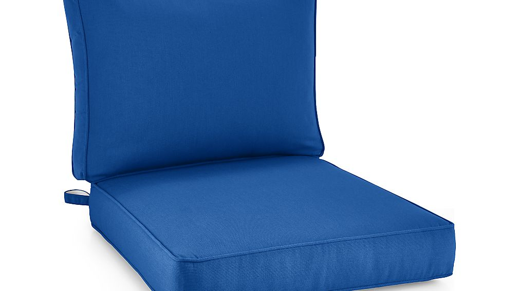 Regent Sunbrella u00ae Lounge Chair Cushion : Crate and Barrel