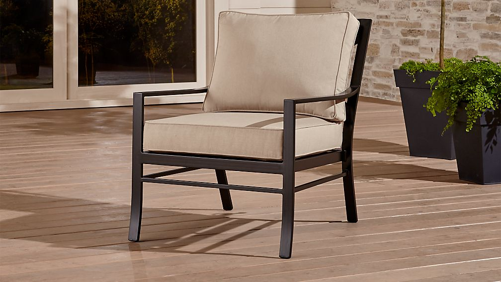 Regent Lounge Chair with Sunbrella ® Cushion