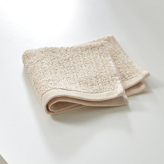 Ribbed Cream Washcloth