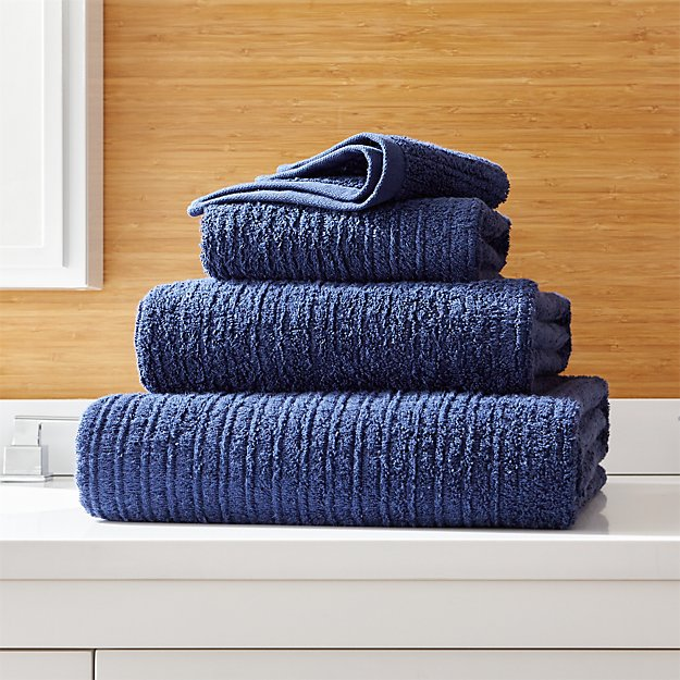 Ribbed Midnight Blue Bath Towels