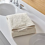 Ribbed Oyster Bath Towel