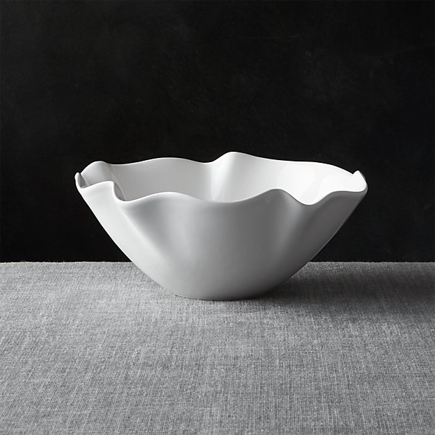 "White Ruffle 11"" Small Bowl"
