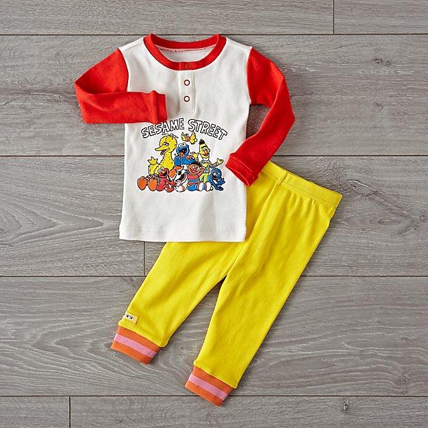 f98acba04099 Sesame Street Friends Pajama Set