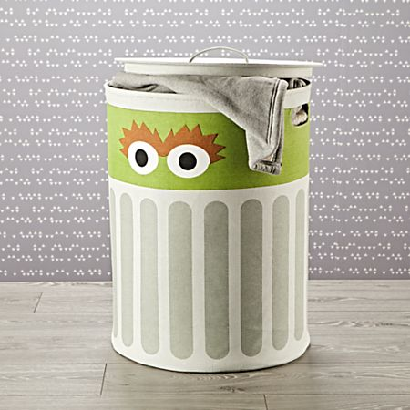 Sesame Street Oscar The Grouch Hamper With Lid