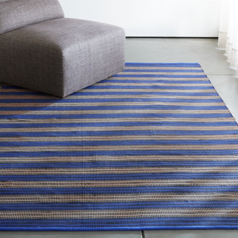 Captivating Sachi Blue Stripe Indoor/Outdoor Rug