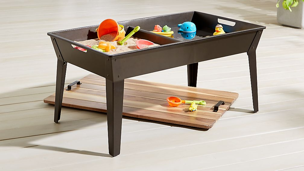 water play table sand and water table reviews crate and barrel 28933