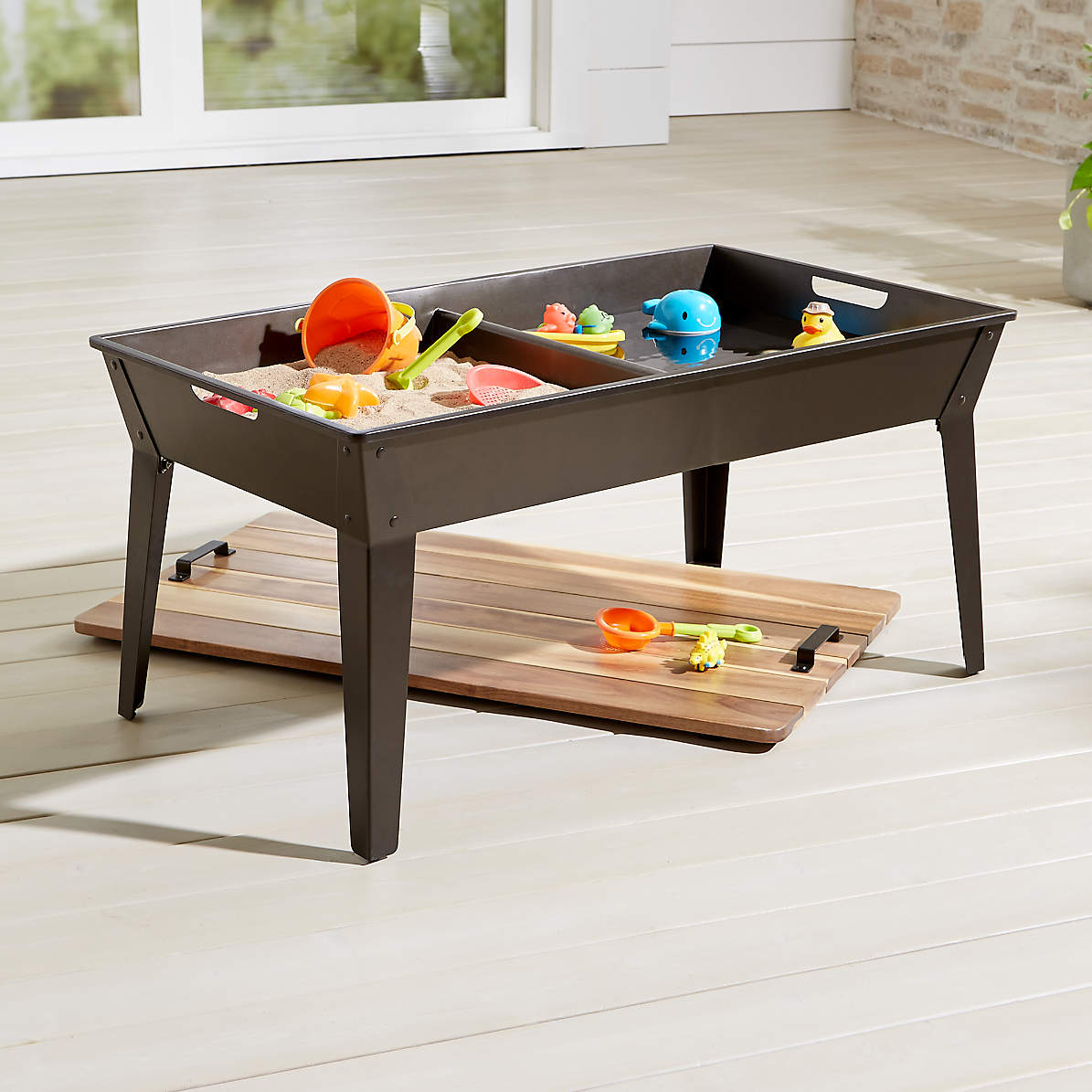 Sand And Water Table Reviews Crate And Barrel