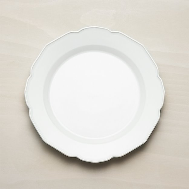 Finest Savannah Scalloped Dinner Plate + Reviews   Crate and Barrel GG17