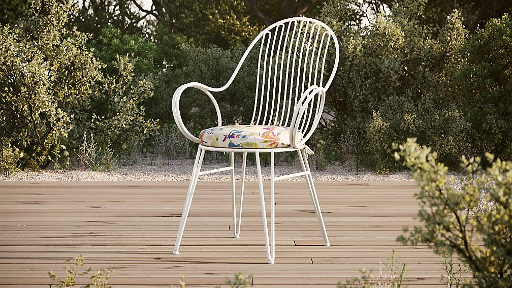 Scroll White Metal Outdoor Dining Chair With Tropic Inside