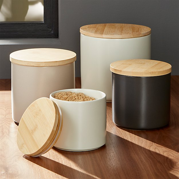 Cream And Wood Kitchen Accessories
