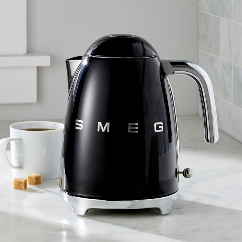 Smeg Black Retro Electric Kettle Reviews Crate And Barrel