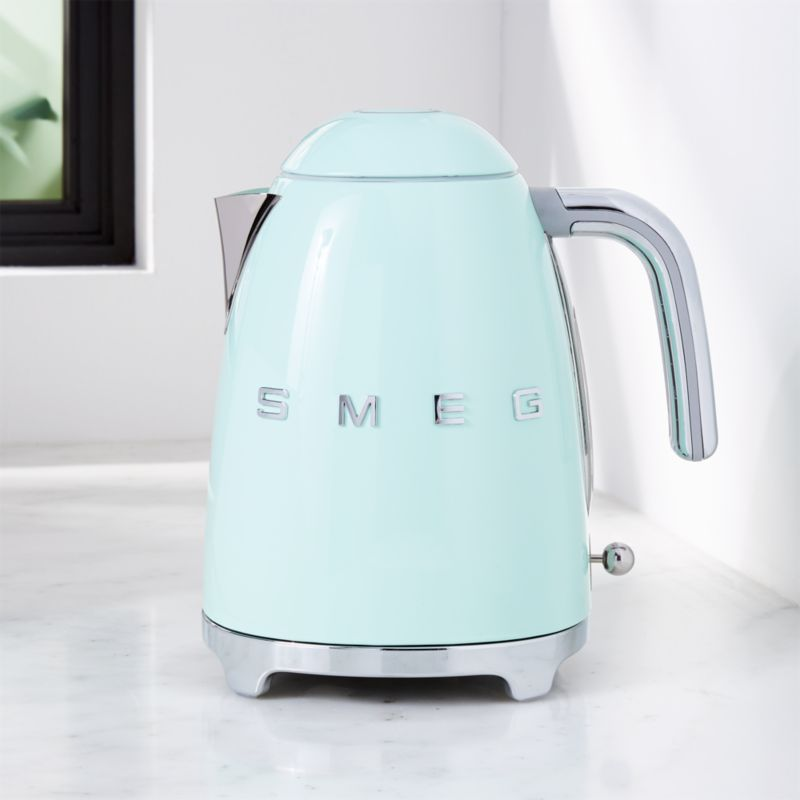 Smeg Pastel Green Retro Electric Kettle Reviews Crate