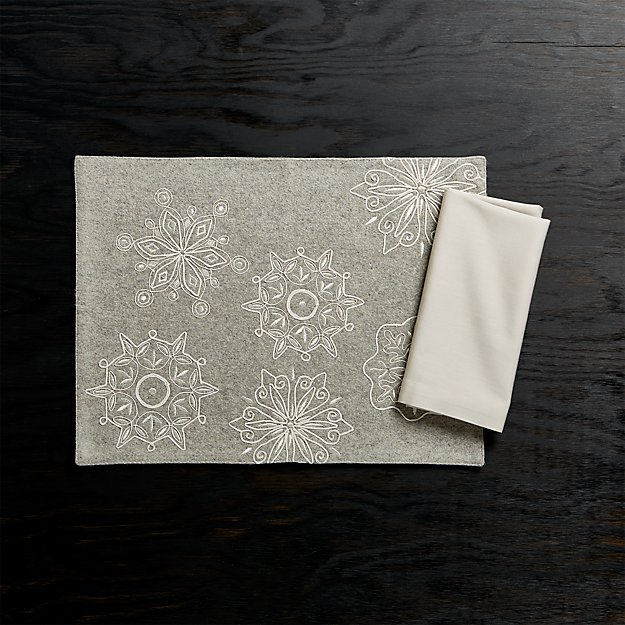 Snowflake Embroidered Felt Placemat and Fete Dove Cloth Napkin