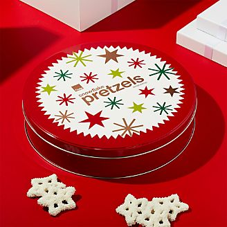 white snowflake pretzels