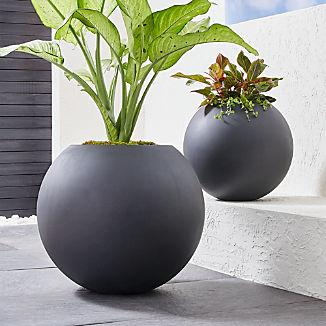 Sphere Dark Gray Planters