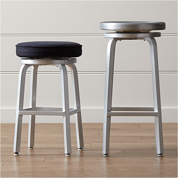 Pleasing Spin Swivel Backless Bar Stools And Cushion Inzonedesignstudio Interior Chair Design Inzonedesignstudiocom