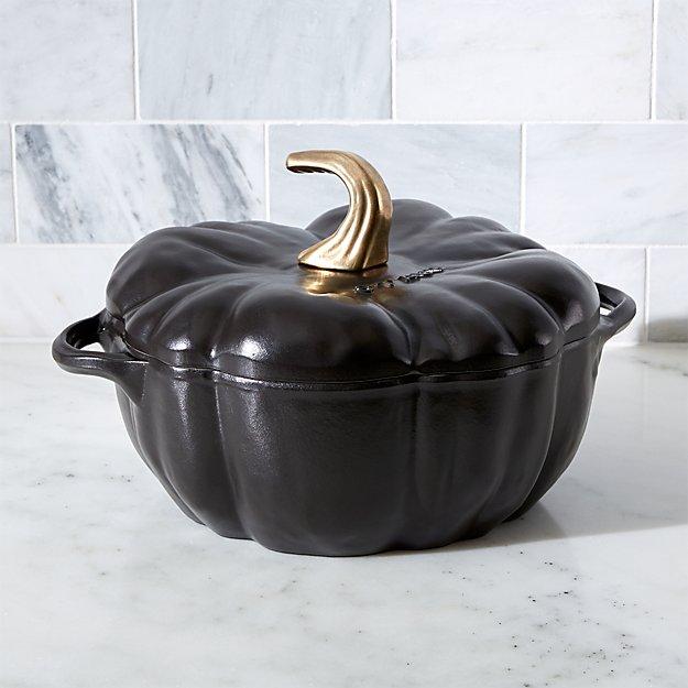 Staub 3 5 Qt Black Cast Iron Pumpkin Cocotte Reviews