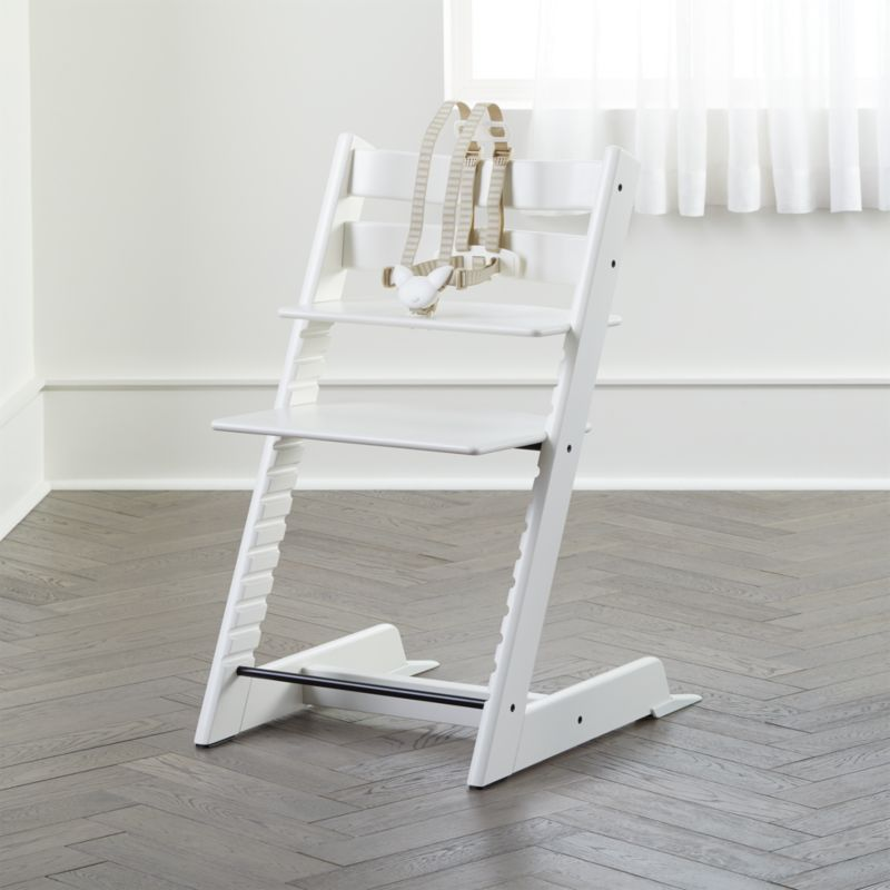 white stokke high chair reviews crate and barrel. Black Bedroom Furniture Sets. Home Design Ideas