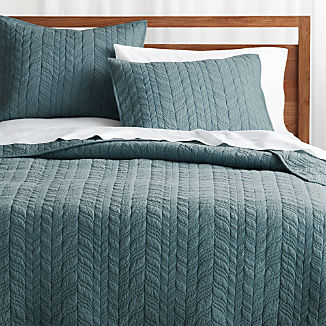Tamara Teal Lightweight Quilts and Pillow Shams